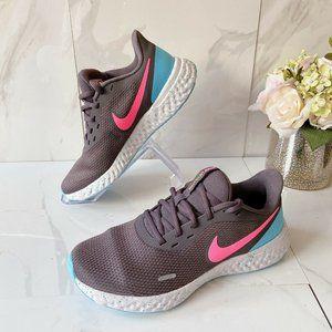 Nike Revolution 5 Womens Road Running Shoes Gray